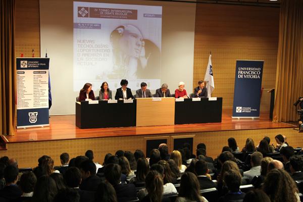 IMG 3606aa La Universidad Francisco de Vitoria inaugura la IV edición del Torneo Intermunicipal de Debate Escolar UFV con la participación de 200 alumnos de colegios de Pozuelo de Alarcón, Boadilla del Monte, Las Rozas de Madrid, Majadahonda y Madrid