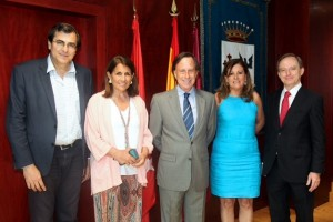 Convenio 001 300x200 actualidad UFV Estudiar en Universidad Privada Madrid