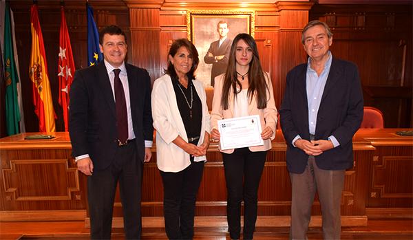 Becas villaviciosa La UFV entrega una beca de Excelencia Académica a Itziar Ruiz Cerrajero, vecina de Villaviciosa de Odón