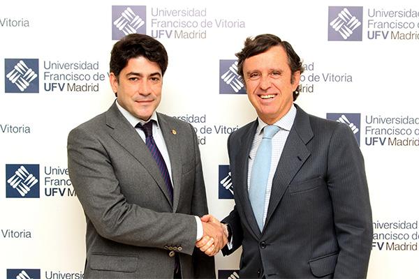 Sin título 1 David Pérez, alcalde de Alcorcón, y su equipo de gobierno visitaron nuestro campus