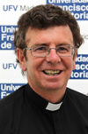 padre 100x151 Pastoral Universitaria