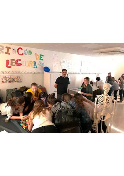 save the teacher3 2 Sociedad de maestros Estudiar en Universidad Privada Madrid