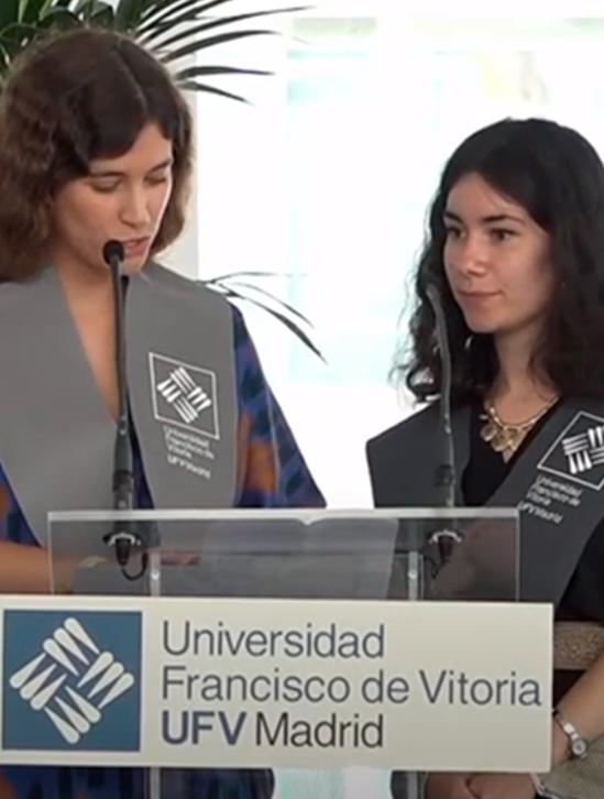 Alumnas Discurso periodismo 1 Actos académicos Estudiar en Universidad Privada Madrid