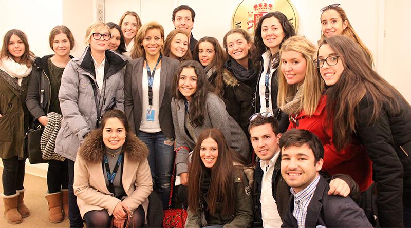 Be the change 1 Be the Change Estudiar en Universidad Privada Madrid
