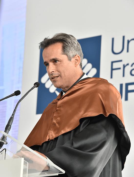 Felipe Samaran.JPG min Actos académicos Estudiar en Universidad Privada Madrid