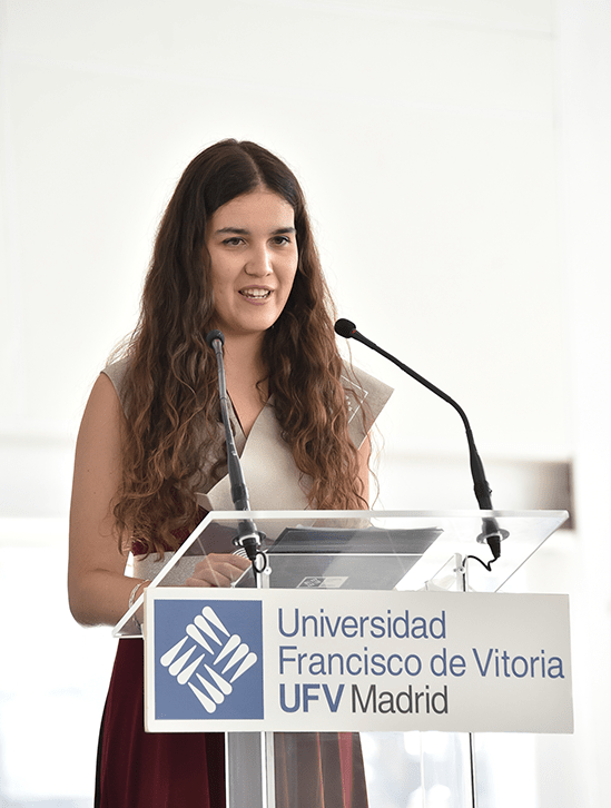 Jara Maria Esteban Sopena.jpg min Actos académicos Estudiar en Universidad Privada Madrid