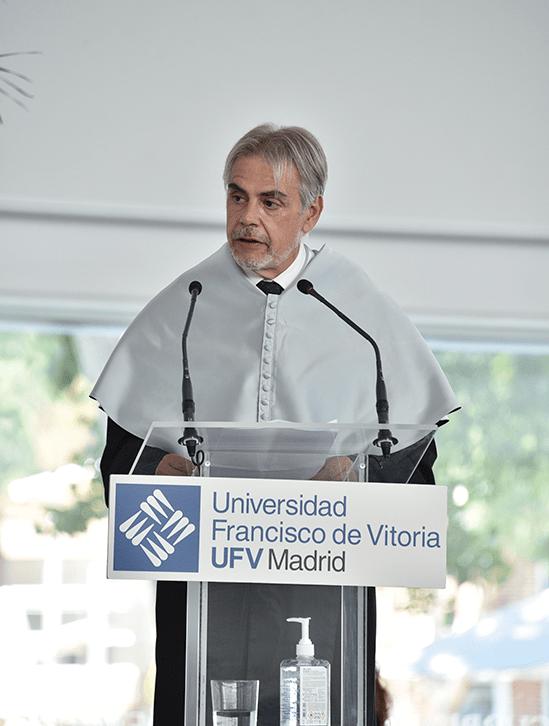 Juan Antonio Sarrion.JPG min Actos académicos Estudiar en Universidad Privada Madrid