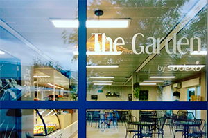 exterior the garden cafeteria edificio M UFV En tus cafeterías Estudiar en Universidad Privada Madrid