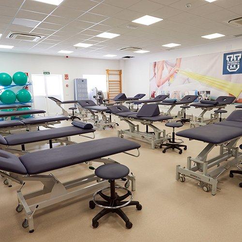 fisio instalaciones 1 Diplome kinesitherapie Madrid Estudiar en Universidad Privada Madrid