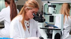 portada biotecnologia titulaciones relacionadas Biotecnología + Farmacia Estudiar en Universidad Privada Madrid