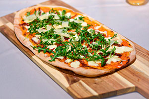 the club UFV comida pizza En tus cafeterías Estudiar en Universidad Privada Madrid