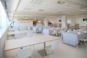 the club UFV mesas En tus cafeterías Estudiar en Universidad Privada Madrid