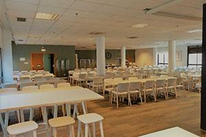 the home UFV cafeteria colegio mayor mesas 2 En tus cafeterías Estudiar en Universidad Privada Madrid