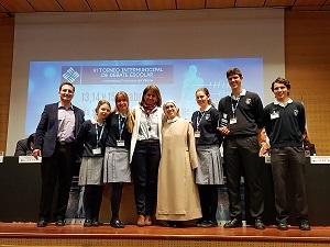Colegio Veracruz semifinalista TideVI El colegio Nuestra Señora del Recuerdo (Madrid) gana la VI edición del Torneo Intermunicipal de Debate Escolar celebrado en la Universidad Francisco de Vitoria