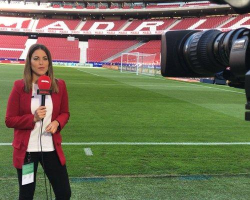 celia Periodismo + Relaciones Internacionales (Bilingüe)