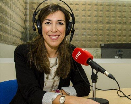 helena Periodismo + Relaciones Internacionales (Bilingüe)