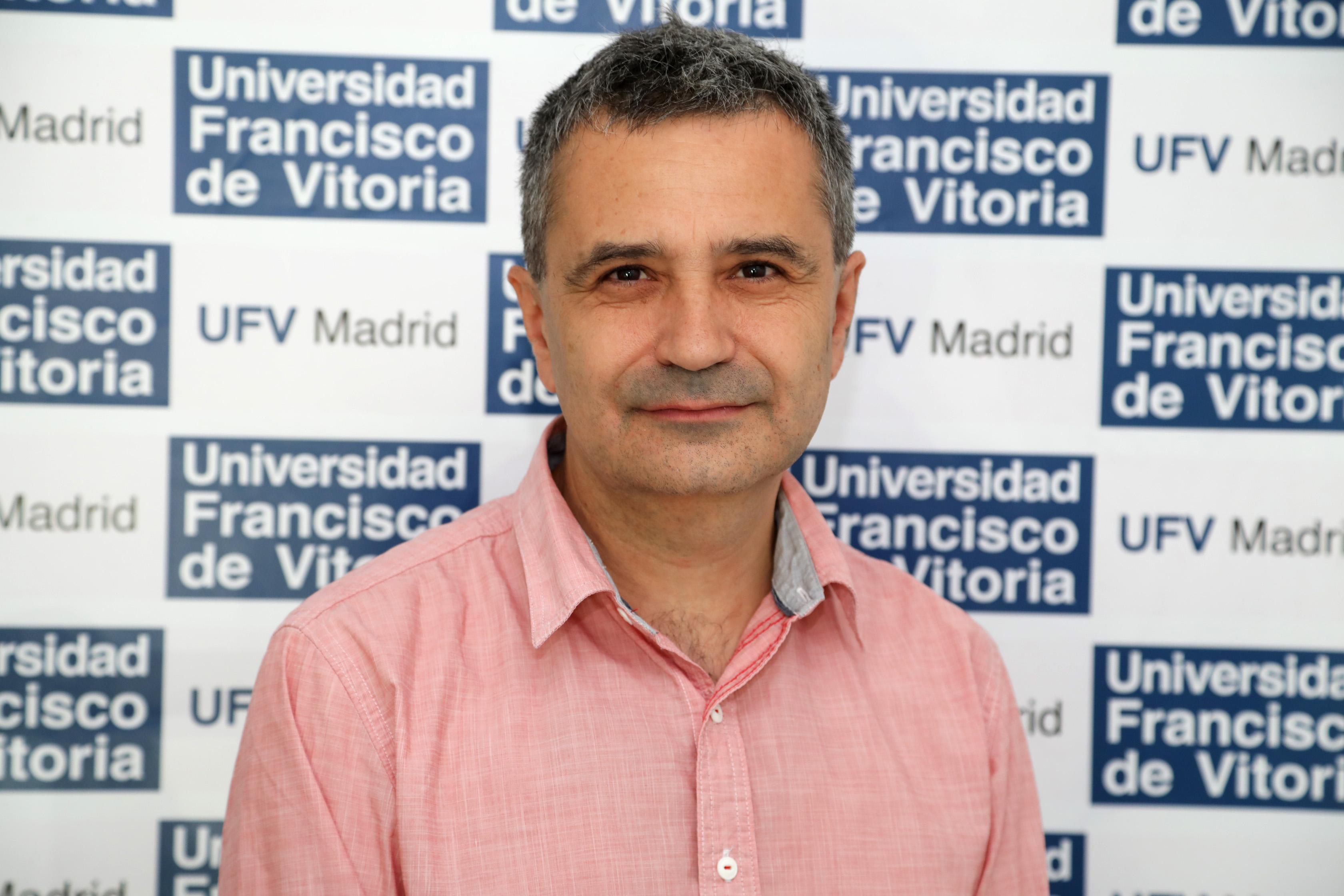 Fernando Berrendero El profesor Fernando Berrendero analiza la exposición al cannabis y estrés durante la adolescencia