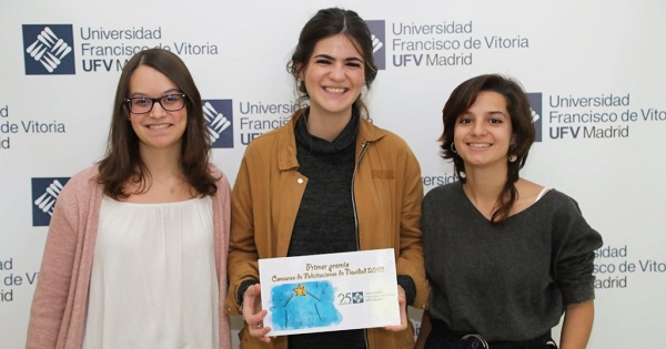 Rocio Sanchez Mejorada Rocío Sánchez Mejorada, ganadora del concurso de Christmas UFV 2018