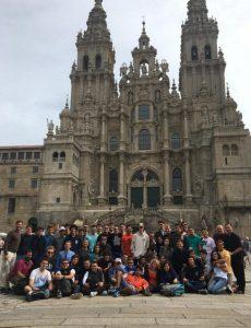 2 2 230x300 Chemi Mohedano nos cuenta su experiencia en el Camino de Santiago con alumnos de la Escuela Politécnica Superior