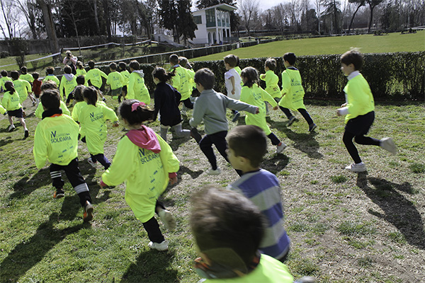 Carrera solidaria La UFV patrocina la V Carrera Solidaria del Club de Campo Villa de Madrid Estudiar en Universidad Privada Madrid