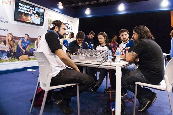 El Dr. Alberto Muñoz jefe de grupo de investigación en la Universidad Autónoma de Madrid vendrá a hablar sobre Genética del cáncer al curso de oncologñia que se celebrará la semana que viene en la UFV. 1 La UFV participa en la Madrid Games Week 2018 como invitado de Microsoft