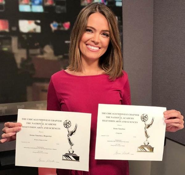 Irene Sánchez nominada a los Emmy La Alumni UFV Irene Sánchez es nominada a los premios Chicago/Midwest Emmy como Mejor Presentadora y Mejor Reportaje