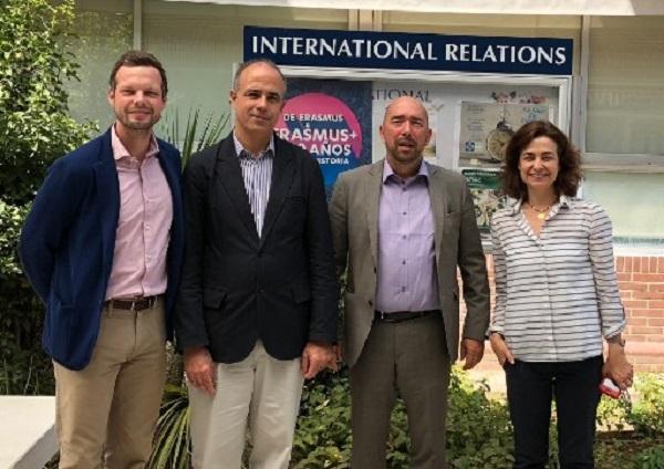 Macromedia University Of Applied Sciences Alemania Recibimos la visita del profesor Kolo, vicepresidente de Macromedia University Of Applied Sciences (Alemania)