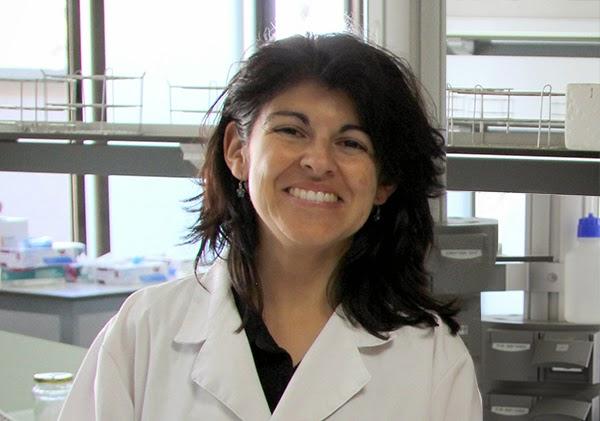 Mari Carmen Turpin La profesora María del Carmen Turpín publica un artículo en la revista 'Clinical Epigenetics'
