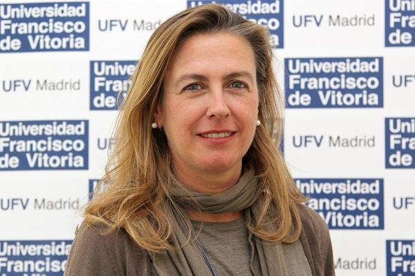 Natalia Uriguen La profesora Natalia Urigüen presenta su libro