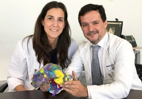 Profesor Santos Jiménez de los Galanes El profesor Santos Jiménez de los Galanes desarrolla un programa de cirugía virtual para operar el cáncer de hígado