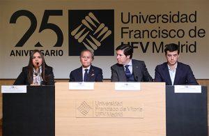 diego 300x195 Diego Arria, ex embajador de Venezuela en la ONU, visita la Universidad Francisco de Vitoria Estudiar en Universidad Privada Madrid