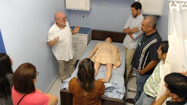 mexico5 Salvador Espinosa, director del Centro Universitario de Simulación de la UFV, fue invitado a impartir el curso de instructores de simulación clínica a la Universidad de Montemorelos, en México.