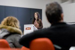 D8A1606 300x200 La directora del grado en Creación y Narración de Videojuegos de la Universidad Francisco de Vitoria, Belén Mainer, ha presentado el Libro Blanco del Desarrollo Español de Videojuegos en su edición de 2018