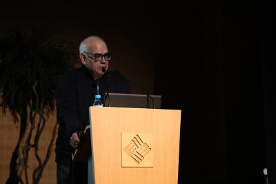 IMG 3496 opt Óscar Mariné,Premio Nacional de Diseño, visita la UniversidadFrancisco de Vitoria