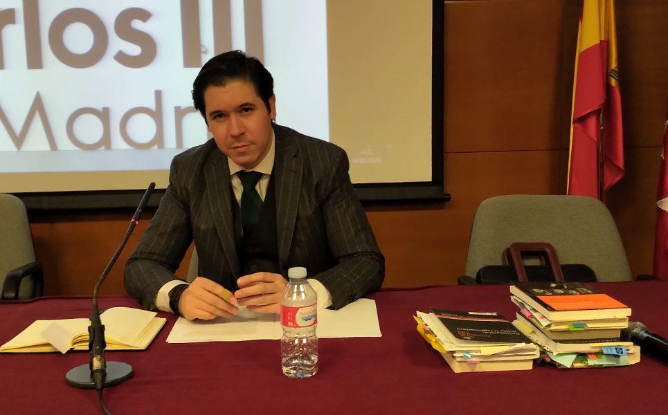 alvaro de la torre ufv e1551099454923 El profesor Álvaro de la Torre interviene en una mesa redonda sobre dignidad de la persona frente a la prostitución Estudiar en Universidad Privada Madrid