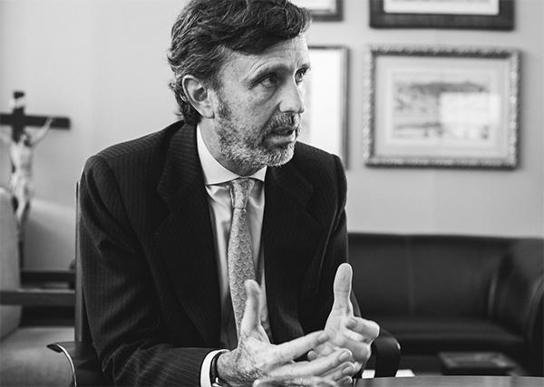 daniel sada revista mision 1 El rector, Daniel Sada, explica qué supone para la universidad pública madrileña la aparición de tres nuevos centros privados