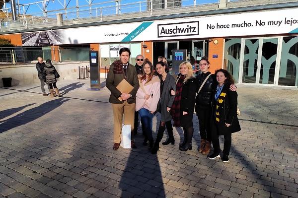 visita Los alumnos de Derecho Criminología visitan la exposición sobre Auschwitz Estudiar en Universidad Privada Madrid