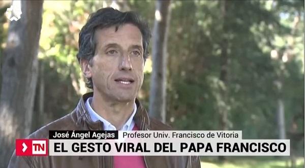 Captura 8 El catedrático José Angel Agejas aclara en TeleMadrid el polémico gesto del Papa Francisco Estudiar en Universidad Privada Madrid