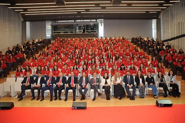 JMC 4339 Los 200 mejores estudiantes españoles de bachillerato compiten por una beca para recorrer Europa Estudiar en Universidad Privada Madrid