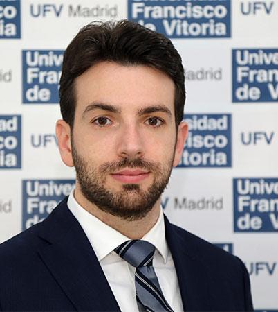 Manuel Monge Moreno Manuel Monge explica las razones por las que sube la factura de la luz Estudiar en Universidad Privada Madrid