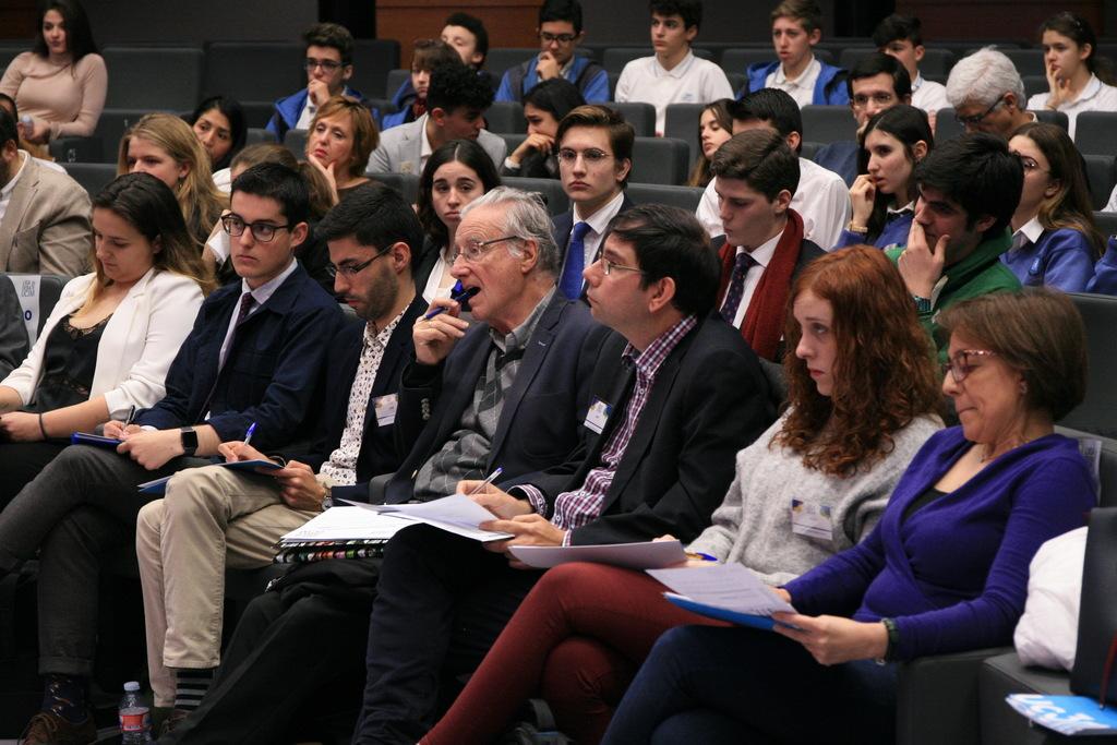 debate1 Isidro Catela y María Pérez participan como jueces en la Liga de Debate de Secundaria de la UC3M