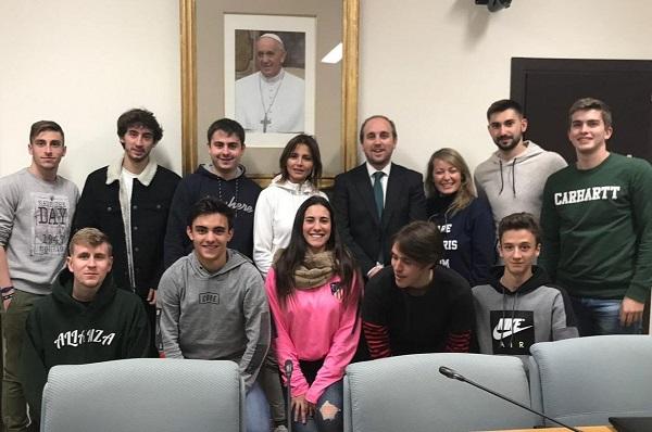 unnamed 1 Los alumnos de CAFYD visitan la Oficina Iglesia y Deporte del Vaticano