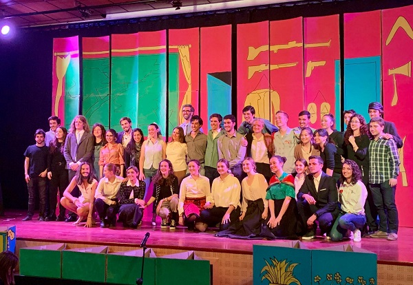 Foto grupo Concluye la V Muestra de Teatro Universitario en la UFV