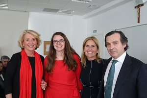 Lucia La Universidad Francisco de Vitoria (Madrid) entrega los I Premios Cum Laude a la investigación en bachillerato