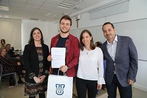 Pblo La Universidad Francisco de Vitoria (Madrid) entrega los I Premios Cum Laude a la investigación en bachillerato