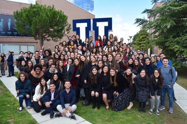 gradu internacional 2019 2 Graduación de 136 alumnos internacionales