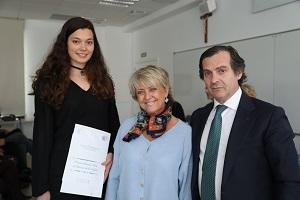sara CC SALUD 1 La Universidad Francisco de Vitoria (Madrid) entrega los I Premios Cum Laude a la investigación en bachillerato
