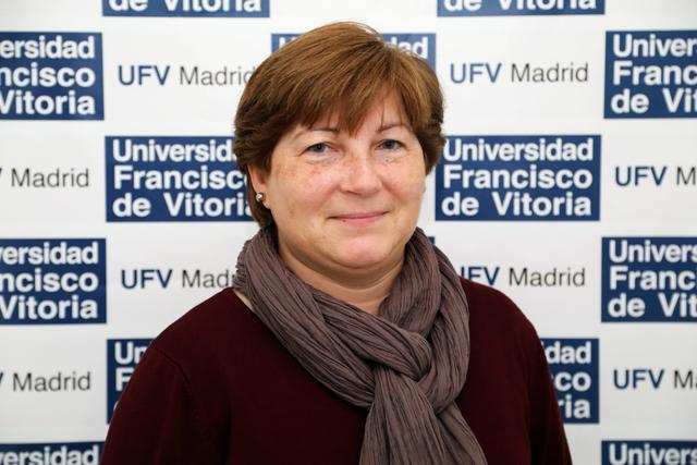 Monique Villen Easy Resize.com  Monique Villen publica un artículo en la Revista Castilla de la Universidad de Valladolid Estudiar en Universidad Privada Madrid
