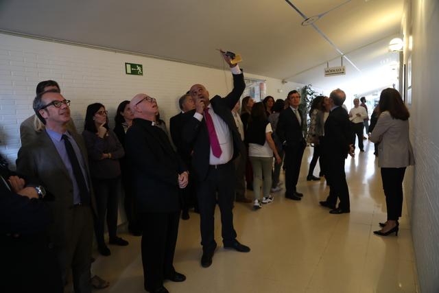 expo 25a 3 El Rector, Daniel Sada, inaugura la exposición del 25 Aniversario UFV