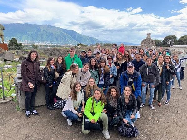 napoles 40 alumnos UFV viajan a Nápoles